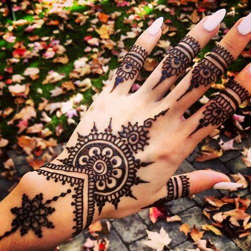 Arabic Mehndi Art