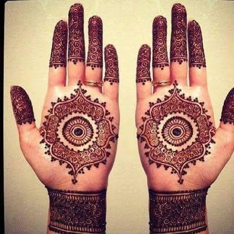 flower design for eid on both hands