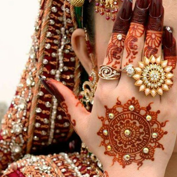 flower mehndi design for bridal