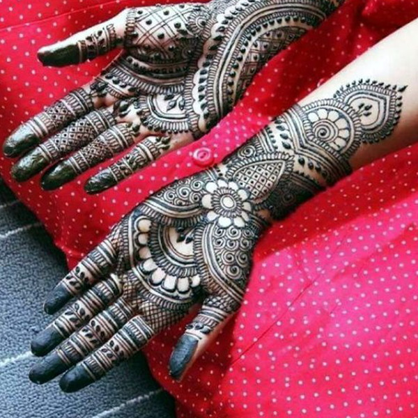 hands till wrist indian mehndi design