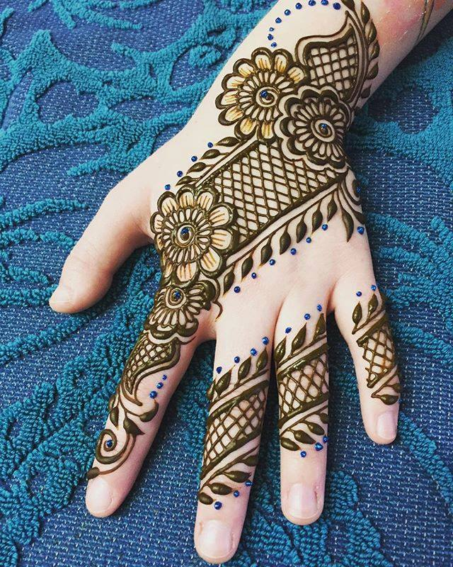 latest henna design 2019
