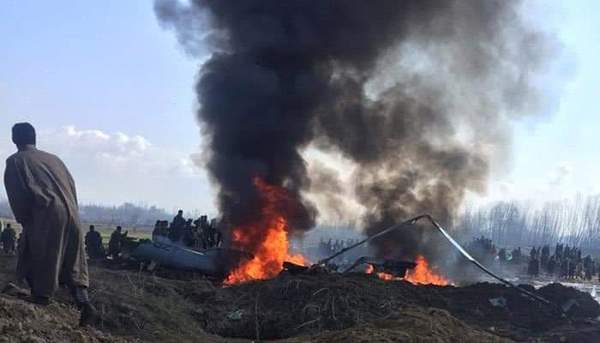 Two Indian Fighter Planes shot down by Pak Air Force in Jammu Kashmir