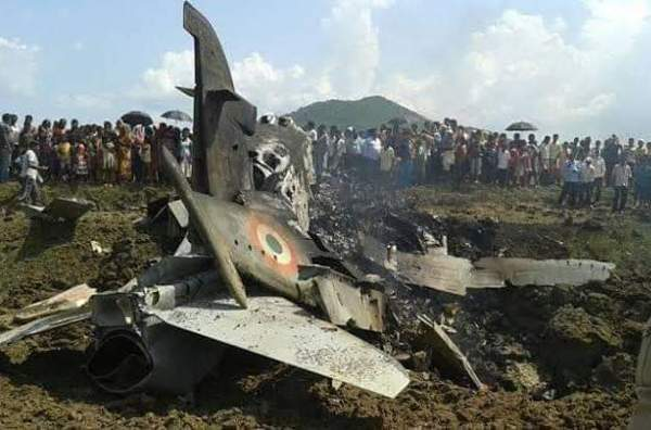 Pakistan hits two Indian fighter planes and arrests one pilot