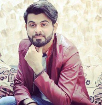 Vahaj Hanif Performing in 7Up Foodies Festival Bahawalpur